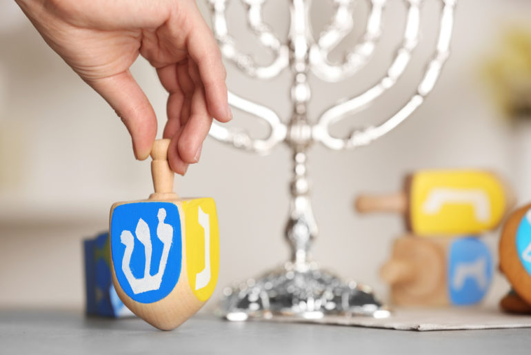 Hanukkah: How To Get The Gelt! | SelectQuote Blog