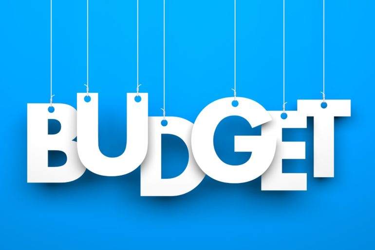 3 Easy Options to Manage Your Budget | SelectQuote Blog