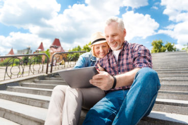 SelectQuote helps you with the financial impact of retiring at 62 or 70