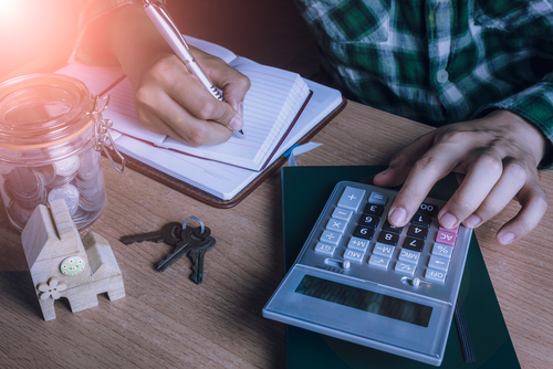 Tools to get your finances in order with help from SelectQuote